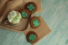 Eigengemaakte St Patrick Day koekjes Royalty-vrije Stock Afbeelding