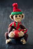 Eigengemaakte stuk speelgoed aap Stock Foto's
