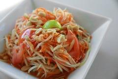 Eigengemaakte Thaise papajasalade royalty-vrije stock fotografie