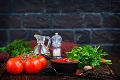 Eigengemaakte tomatensaus Stock Afbeeldingen