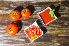 Eigengemaakte tomatensaus stock fotografie