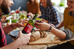 Eigengemaakte wijn Stock Foto's