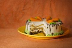 Eigengemaakte wortelcake Royalty-vrije Stock Foto's
