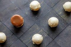 Eigengemaakte zwart-witte het landschapsbovenkant van chocoladesnoepjes Royalty-vrije Stock Fotografie