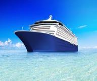 Eigentijds Reusachtig Glanzend Cruiseschip Royalty-vrije Stock Foto's