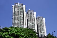 Eigentijdse Flatgebouwen Stock Afbeelding