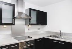 Eigentijdse keuken Stock Foto's