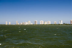 Eigentumswohnung-Strand Stockfotos