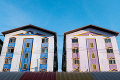 Eigentumswohnungsgebäudehimmelausgangszwilling Lizenzfreies Stockbild