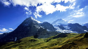 Eiger και Monch - βίντεο χρονικού σφάλματος φιλμ μικρού μήκους
