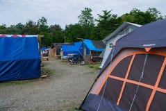 Eiger подарило шатер беженца на цунами Palu 28-ое сентября 2018 стоковая фотография rf