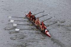 阿拉巴马大学在查尔斯赛船会妇女的冠军Eights头赛跑  免版税库存图片