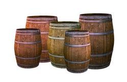 Eiken vat donkere bruin met metaalringen geplaatst de basis van het wijnmakerijontwerp op witte vastgestelde achtergrond drinkt w royalty-vrije stock afbeeldingen