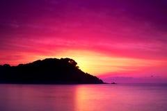 Eiland bij zonsopgang Stock Afbeelding