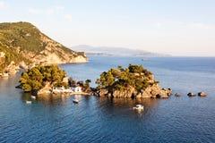 Eiland dichtbij Parga, Griekenland, Europa Stock Foto