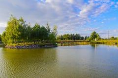 Eiland met een brug Royalty-vrije Stock Afbeeldingen