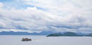 Eiland-met-geen-bomen, Palawan, Filippijnen Stock Foto's