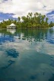Eiland in Stille Zuidzee stock foto's