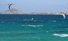 eiland van kitesurfers het Griekse Paros Royalty-vrije Stock Afbeeldingen