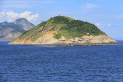 Eilanden rond de wereld, Redonda Eiland in Rio de Janeiro, Brazilië royalty-vrije stock foto's