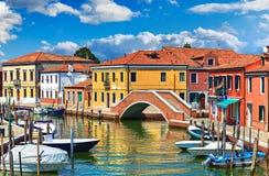 Eilandmurano in de mening van Venetië Italië stock afbeeldingen