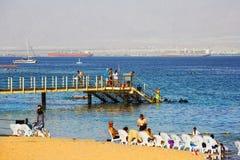 EILAT, ΙΣΡΑΉΛ - 8 ΟΚΤΩΒΡΊΟΥ 2017: Ακτή του Κόλπου Ερυθρών Θαλασσών Eilat στο Ισραήλ Στοκ εικόνα με δικαίωμα ελεύθερης χρήσης
