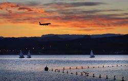 eilatisrael för stad färgrik solnedgång Royaltyfri Bild
