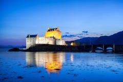 Eilean Donan Castle am Abend, Hochländer von Schottland Stockfoto