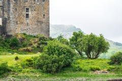 Eilean Donan Castle aufgestellt nahe Insel von Skye, Schottland, Großbritannien lizenzfreie stockfotografie