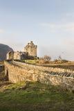 Eilean Donan Castle en el lago Duich en Escocia Foto de archivo libre de regalías
