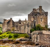 Eilean Donan Castle nahe der Stadt von Dornie, Schottland Lizenzfreies Stockfoto