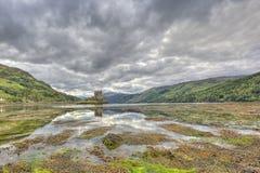 Eilean Donan slott, Skotska högländerna, Skottland, UK royaltyfri fotografi