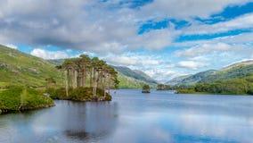 Eilean Na Moine in Loch Eilt, Schottland, Vereinigtes Königreich lizenzfreie stockfotos