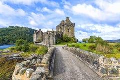 Eileanen Donan Castle i Skottland Royaltyfri Foto