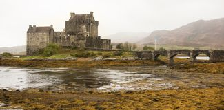 Eileen Donan Castle in the rain Royalty Free Stock Photography