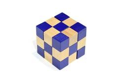 Ein abgeschlossener Block des Schlangen-Würfel-Rätselspiels Stockbild