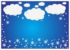 Ein abstrakter Hintergrund des Weißbuches bewölkt sich mit snowfla Stockfoto