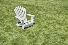 Ein Adirondack-Stuhl Lizenzfreies Stockfoto