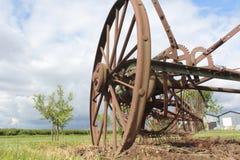 Ein alter Bauernhof Impliment Stockfoto