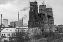 Ein alter Kalkturm in Poldi Metallurgy stockbild