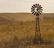Ein alter Windmühlen-Chino- HillsNationalpark lizenzfreie stockfotos