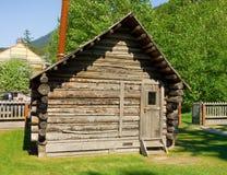 Ein altes Blockhaus an skagway Lizenzfreie Stockfotos