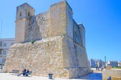 Ein altes Fort in Qawra Stockbild