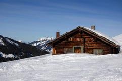 Ein altes Gebirgsschutzhaus Stockfotografie