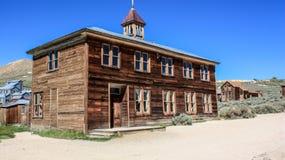 Ein altes Schulhaus in Bodie, Kalifornien lizenzfreie stockbilder