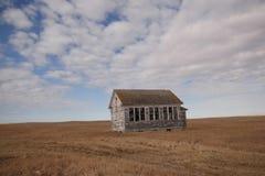 Ein altes Schulhaus in nordöstlichem Montana stockfotografie
