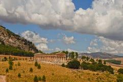 Ein altgriechischer Tempel in der Sizilien-Region lizenzfreies stockfoto