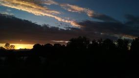 Ein anderer bewölkter Himmel lizenzfreies stockfoto