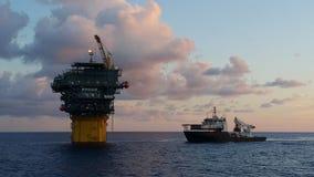 Ein anderer Tag im Ölfeld stockfotografie
