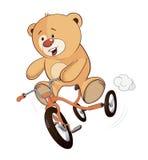 Ein angefülltes SpielzeugBärenjunges und eine Karikatur der Kinder Dreirad Stockbild